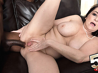 There's a big, black cock in Veronika's ass - Veronika Vixon and Jonathan Morgan - 50PlusMILFs anal big ass big tits